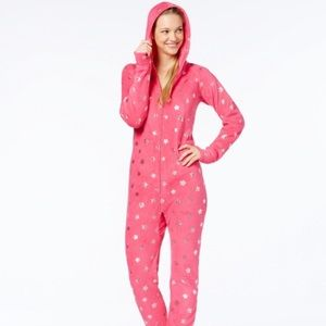 Jennifer Moore Pink with stars adult onesie L